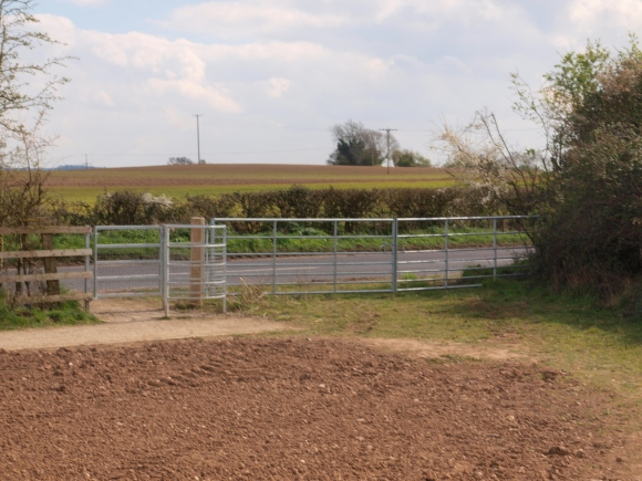 Gate out of Oakley Meadows